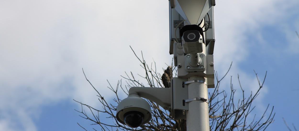 Les caméras vidéo détectent des plastiques.
